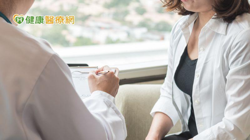 人生全按中止鍵? 停經前乳癌醫病溝通成關鍵