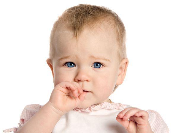 5大问题解开母奶迷思 喝母奶的宝宝容易肚子饿?