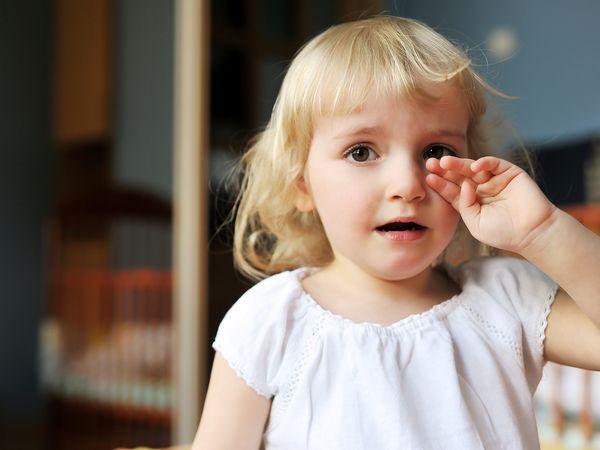 眼睛抗旱   长时间在有空调的室内工作或戴隐形眼镜者,特别容易图片