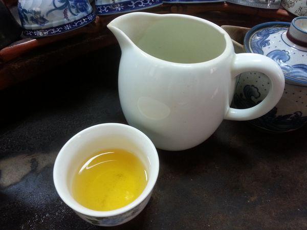 紅茶綠茶哪個好? 專家:有喝對身體都好