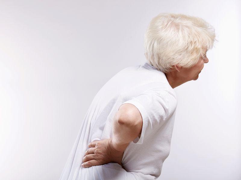 椎間盤突出嗎? 若下肢無力應盡快開刀