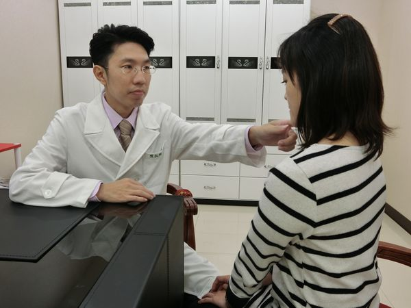 敏感膚質擦低敏產品也沒效? 醫師教您這麼做
