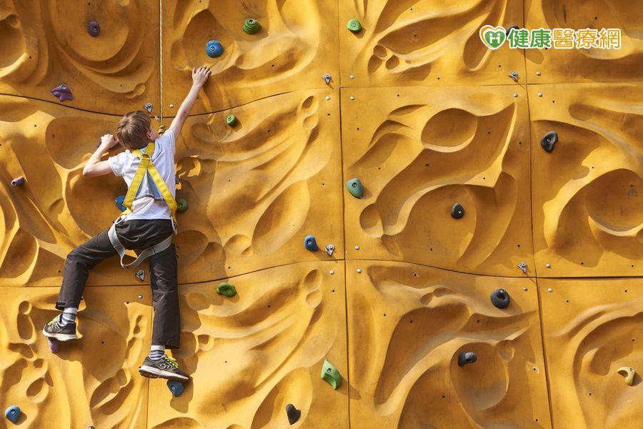 新運動! 抱石攀岩緩解憂鬱症狀