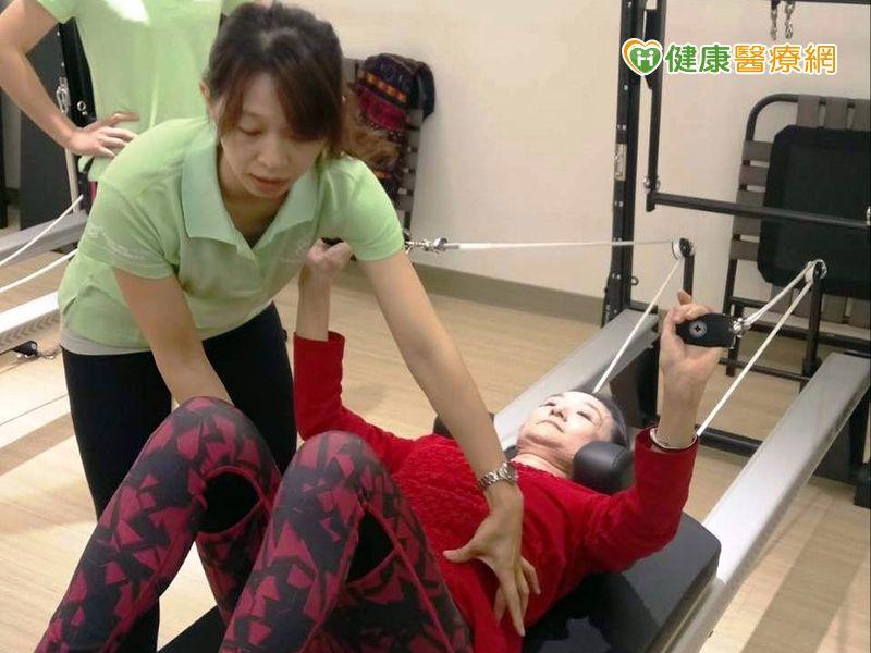 譚艾珍勤練皮拉提斯 下背痛、腰痛都改善