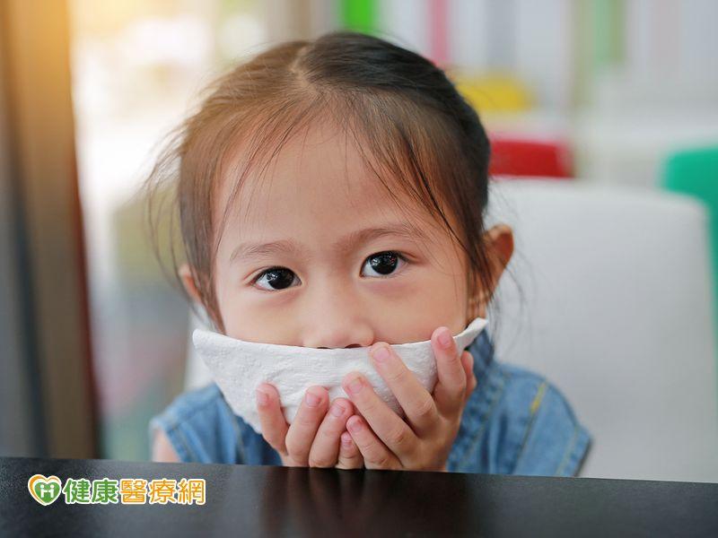 腸病毒疫情不減! 再添一例重症女童