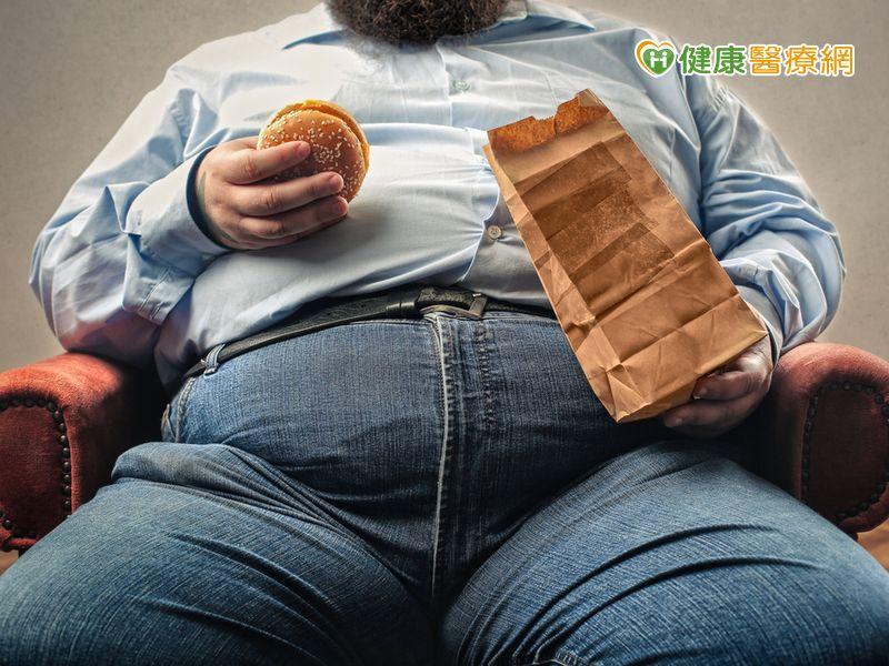晚睡晚起吃早午餐 易造成血糖不正常