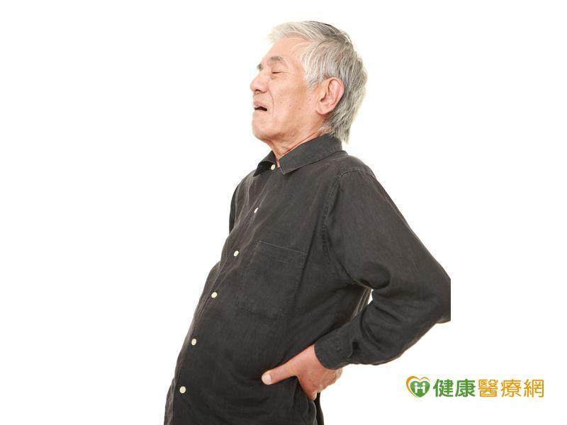腰痠背痛不是老化? 恐是晚期攝護腺癌骨轉移!