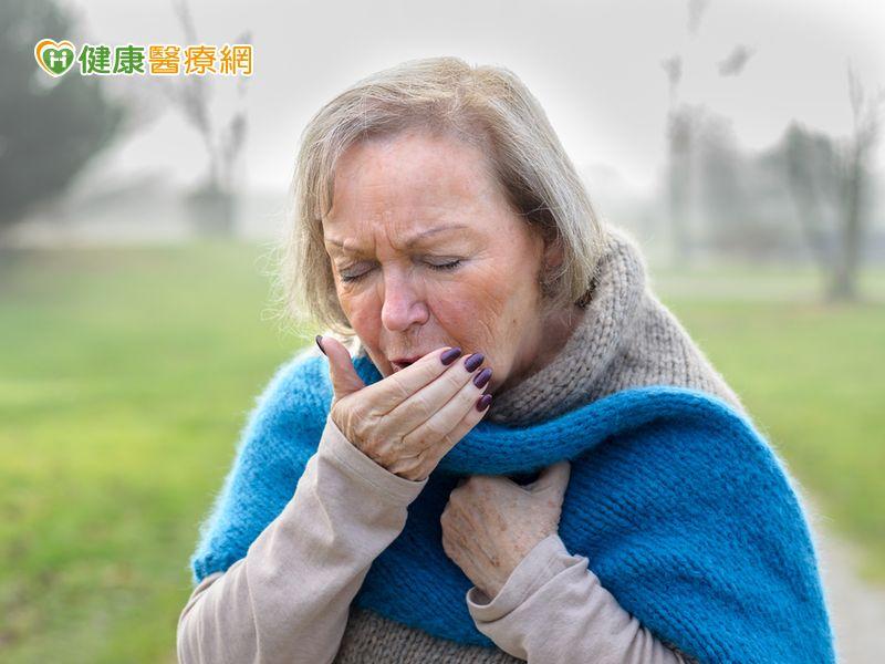 酷酷嗽咳不停 竟是肺腺癌警訊