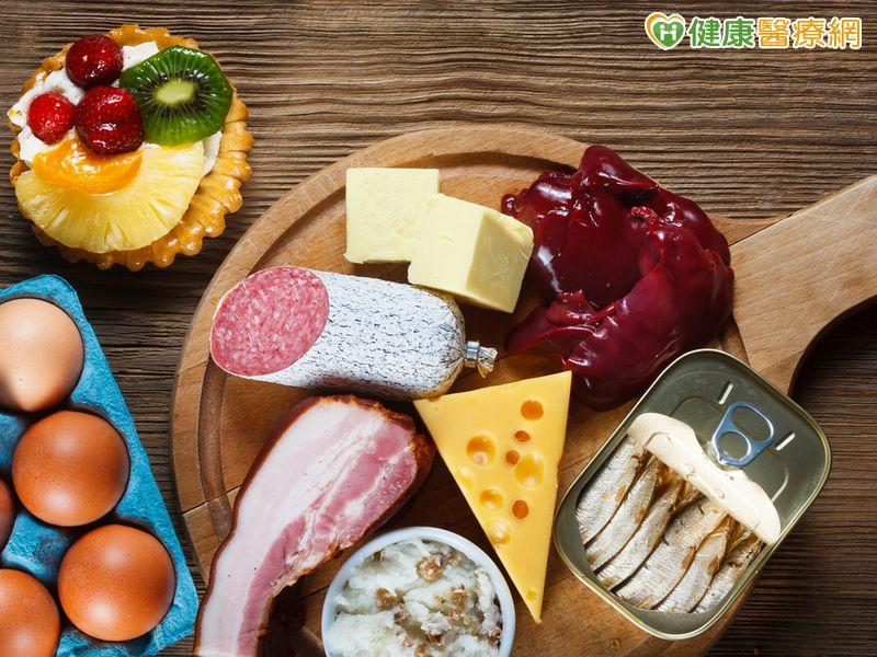 膽固醇超標了! 到底應該怎麼辦?