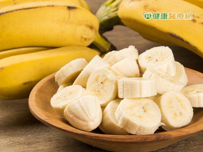 吃香蕉對骨頭不好? 營養師:沒有醫學根據