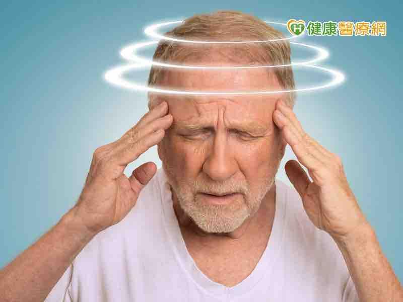 暈眩該看哪一科? 耳鼻喉科或神經內科