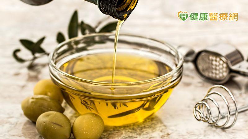 食用植物油「壓榨法」及「萃取法」哪裡不同? 食藥署解答