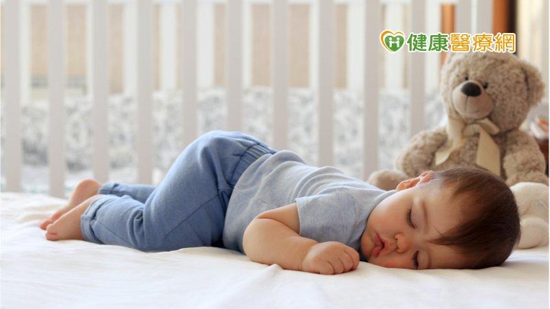 寶寶姿勢性頭形畸形 當心是「睡姿」惹的禍