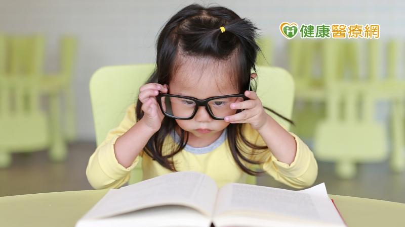 居家防疫,幼兒的視力保健更要注意!