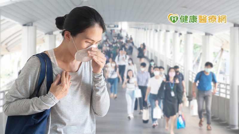 防疫期酷酷嗽嚇壞路人! 百日咳1傳17人,傳染力遠高新冠病毒