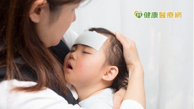2歲女童持續高燒不退  竟是「噬血症候群」險喪命