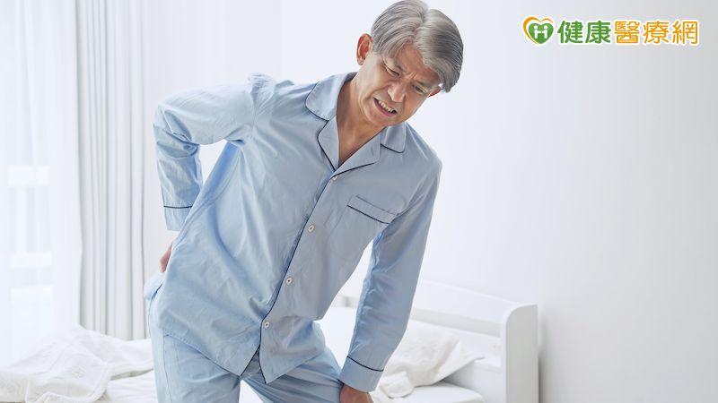 嚴重脊椎滑脫 中榮「前位腹式槓桿矯正法」降風險