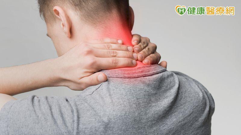 頸椎病變走路搖晃像酒醉 「後位椎弓整形手術」找回好身手
