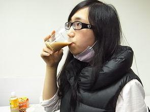 每天4杯奶茶喝10年 輕熟女眼中風
