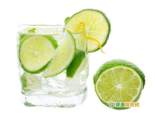 夏日減肥美白速成法 只需一顆檸檬