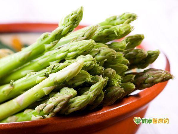 蘆筍營養高纖 筍尖鱗片緊密飽滿最嫩甜