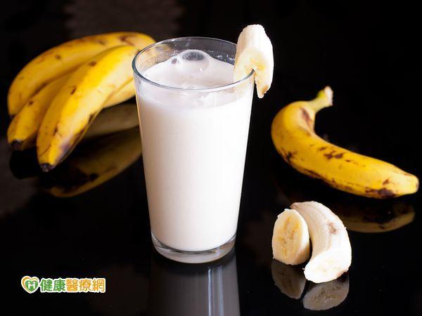 香蕉助眠、檸檬舒緩 天然食療緩解不適