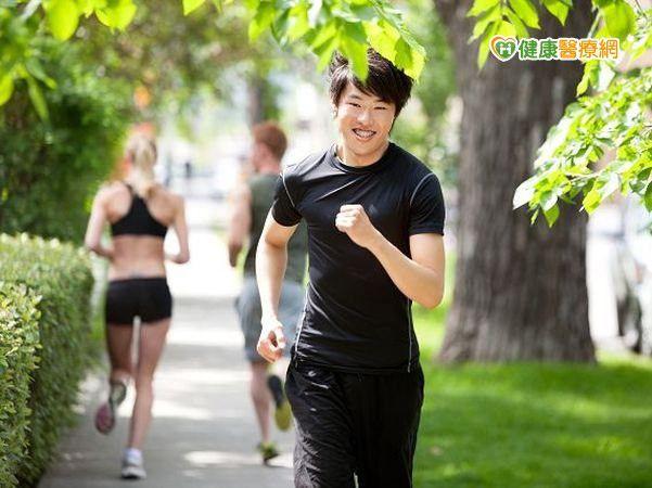 防熱傷害有5招 炎夏路跑小心中暑