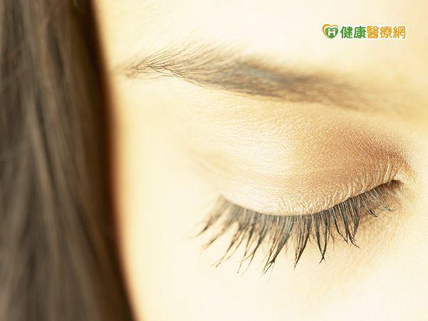 出現眼瞼黃斑瘤 恐伴隨高血脂