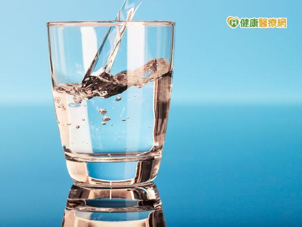 颱風襲台自來水汙濁 這樣喝水才衛生安全