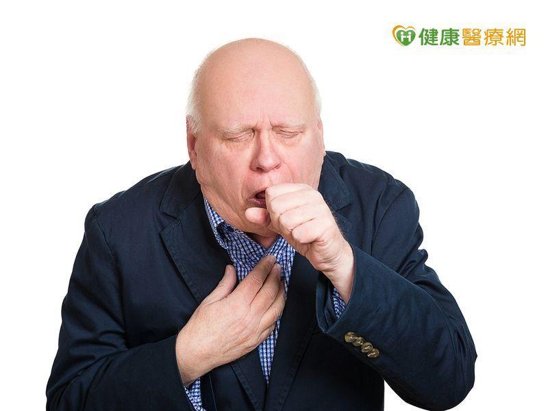 久咳、呼吸困難以為老了  小心!「菜瓜布肺」已上身