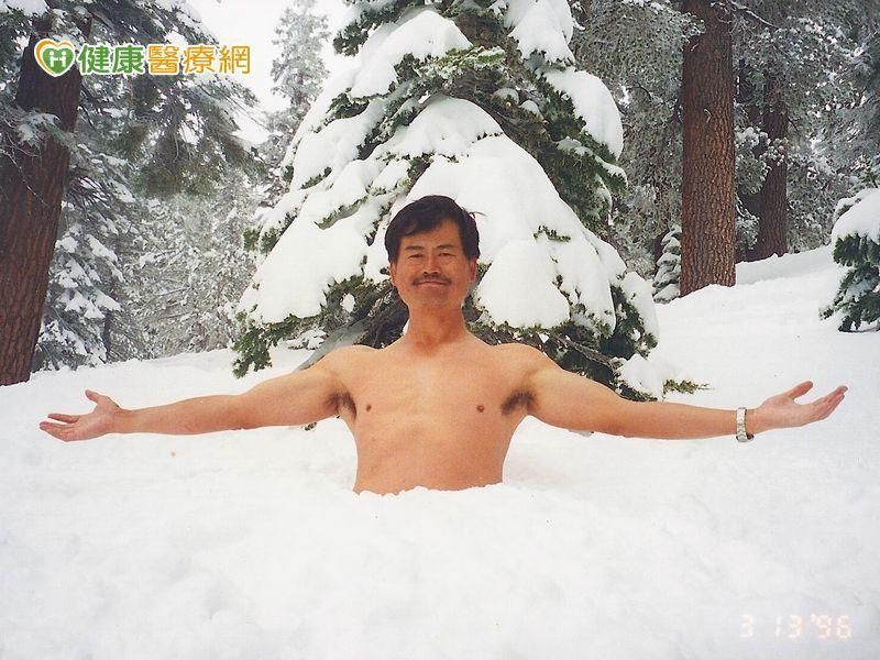 氣候驟變冷吱吱! 為何他穿短袖都不會感冒?