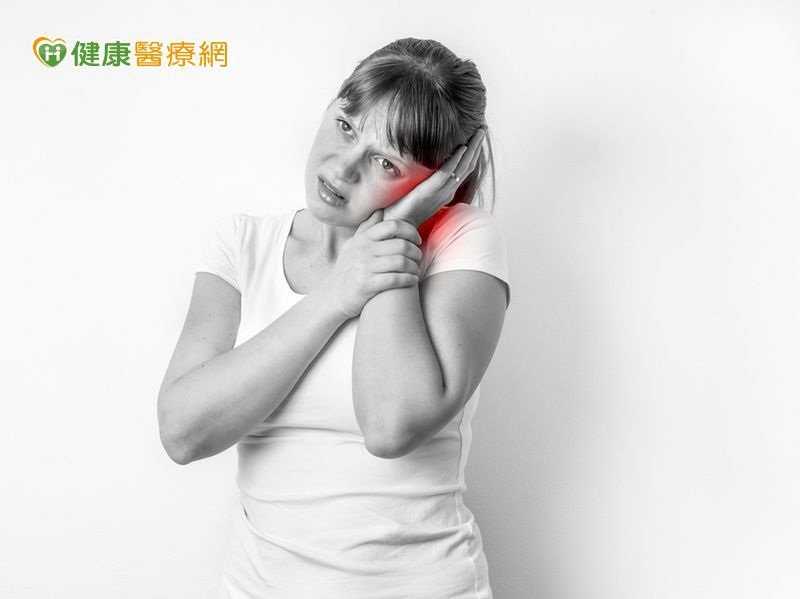 耳朵血腫怎麼辦? 醫:自行吸擠當心更惡化