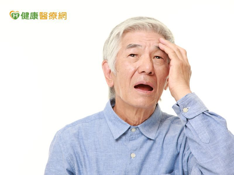 男人白頭髮多寡 竟與心臟病風險有關?!
